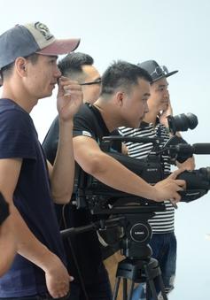 Ê-kíp Hoa hậu Biển Việt Nam tất bật trước đêm bán kết