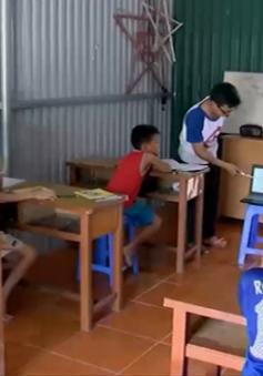Bỏ kỳ nghỉ hè, sinh viên Hải Phòng dạy tiếng Anh miễn phí cho trẻ em nghèo