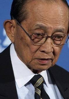 """Cựu Tổng thống Philippines nỗ lực """"phá băng"""" quan hệ với Trung Quốc"""