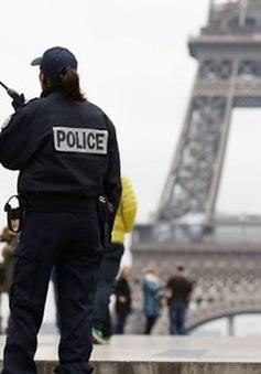 Pháp huy động hơn 60.000 cảnh sát đảm bảo an ninh cho Euro 2016