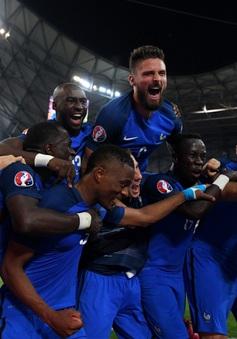 Tiếng nói lịch sử không ủng hộ ĐT Pháp trước trận chung kết