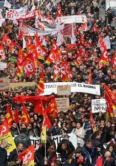 Pháp: Biểu tình toàn quốc phản đối đề xuất cải cách lao động