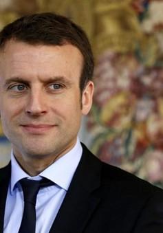 Pháp: Bộ trưởng Kinh tế từ chức, mở đường ra tranh cử Tổng thống