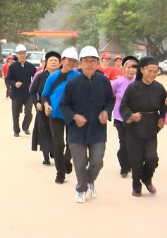 Hơn 7.000 người tham gia chạy Olympic kỷ niệm 70 năm thể thao Việt Nam