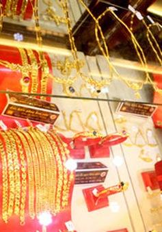 Giá vàng tăng vọt, vượt mốc 37 triệu đồng/lượng