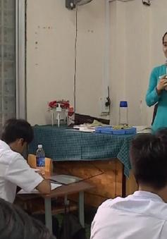TP.HCM: Giáo viên không được vận động thu tiền phụ huynh học sinh