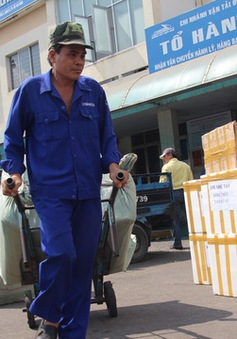 Ga Sài Gòn vận chuyển miễn phí hàng cứu trợ đến các tỉnh miền Trung
