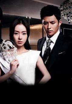 """Phim Hàn Quốc """"Mặt nạ thủy tinh"""": Cuộc đời bi kịch của con gái kẻ sát nhân"""