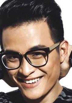 """Ca sĩ Hà Anh Tuấn: """"Cuộc sống dạy tôi biết điều hơn"""""""