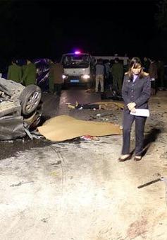 Hà Giang: 2 ô tô con đấu đầu, 7 người thương vong