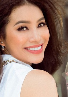Phạm Hương đã đính hôn