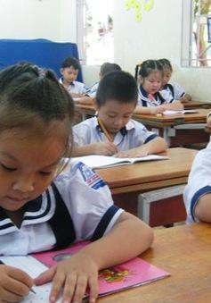 Học sinh sợ làm bài tập dịp Tết