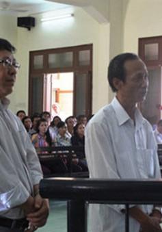 Hoãn phiên tòa xét xử 16 cựu cán bộ ở Phú Yên