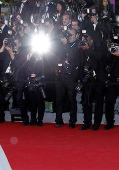 Sao rục rịch đến Cannes chờ ngày khai màn