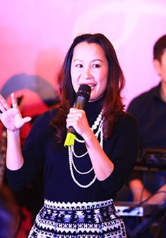 """Giáng Son, Nguyễn Vĩnh Tiến kỷ niệm 10 năm thành lập nhóm """"Đêm nhiệt đới"""""""