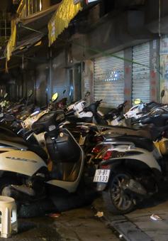 """Nan giải """"bài toán"""" xử lý điểm trông xe trái phép quanh phố đi bộ Hà Nội"""