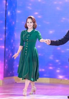 Khánh Thi - Chí Anh tái hợp trên ghế nóng Bước nhảy hoàn vũ