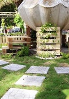 Người dân TP.HCM ngỡ ngàng khi bãi rác biến thành vườn hoa