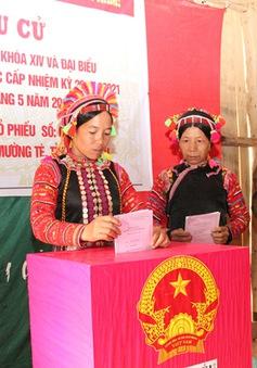 Cử tri các tỉnh Tây Bắc đi bầu cử đạt trên 90%