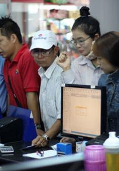 TP.HCM: Phí đổi, trả vé tàu Tết Đinh Dậu là 30% giá vé