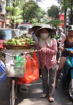 Hà Nội sẵn sàng hỗ trợ người bàn hàng rong tìm việc khác sau chiến dịch vỉa hè