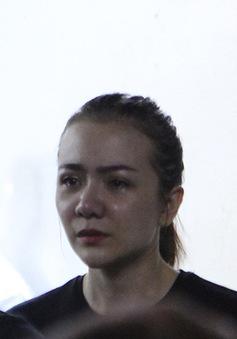Rơi nước mắt với những hình ảnh trong lễ tang Minh Thuận