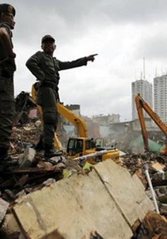 """Indonesia tháo dỡ """"phố đèn đỏ"""" lớn nhất tại Jakarta"""