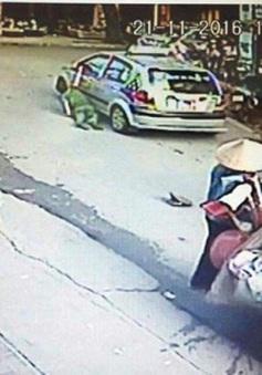 Bắt tạm giam lái xe taxi chống người thi hành công vụ