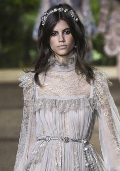 Elie Saab khiến mọi cô gái xuyến xao với bộ sưu tập mới