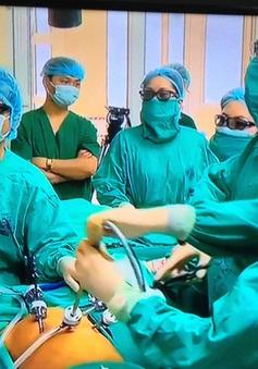 Lần đầu tiên phẫu thuật thành công nội soi 3D ung thư đại trực tràng