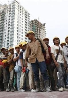 Lao động nước ngoài ở Malaysia phải khám bệnh định kỳ