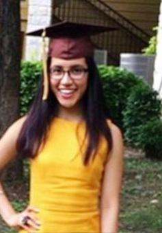 Nữ sinh dũng cảm công khai mình là người nhập cư trên Twitter