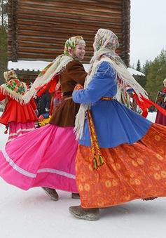 Tưng bừng Lễ tiễn mùa Đông ở Nga