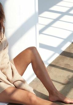 Chân dài Victoria's Secret khoe vẻ đẹp ngọt ngào và phóng khoáng