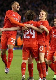 Mignolet hóa người hùng, Liverpool đả bại Stoke sau loạt penalty cân não