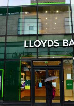 Đại gia ngân hàng Anh cắt giảm 3.000 việc làm trong năm 2017