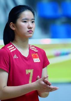 """Cận cảnh nhan sắc của """"tiểu Lưu Diệc Phi"""" ở ĐT trẻ Trung Quốc tại VTV Cup 2016 - Tôn Hoa Sen"""