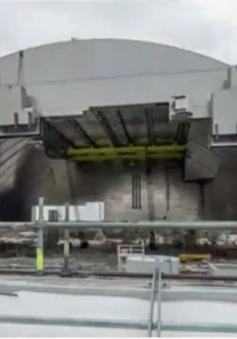 Ukraine: Lắp đặt nhà ngăn cách rò rỉ phóng xạ tại Chernobyl