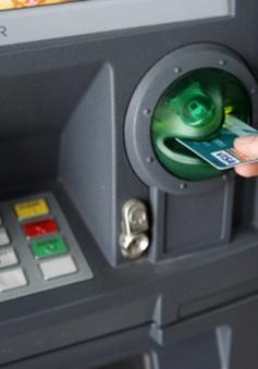 Mất tiền oan trong tài khoản sẽ được ngân hàng bồi hoàn trong 5 ngày