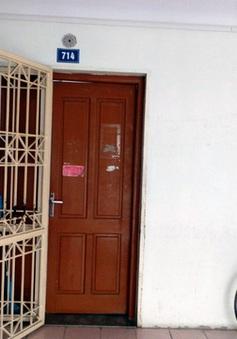Mẹ nhốt con gái 11 tuổi nhiều năm trong nhà, không cho đi học