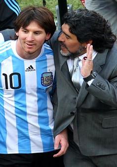 Maradona tình nguyện làm HLV không lương cho ĐT Argentina