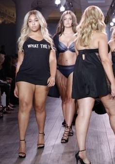 Người mẫu béo đổ bộ sàn catwalk New York Fashion Week 2016