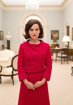 Natalie Portman quý phái trong hình ảnh phu nhân Tổng thống John Kennedy