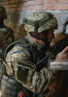 Bên trong trại huấn luyện của lính NATO tại điểm nóng Afghanistan