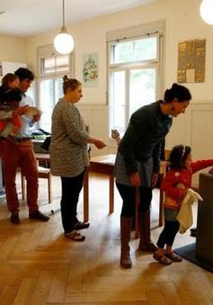 Thụy Sỹ bác bỏ đề xuất trợ cấp toàn dân