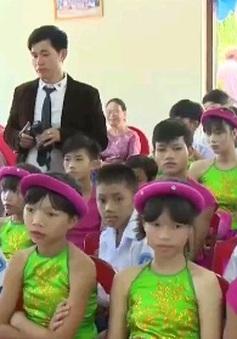 Trao 4 nhà mới cho Làng trẻ em SOS Huế