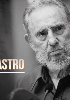 Người dân Santiago de Cuba xếp hàng dài chờ đón nhà lãnh đạo Fidel Castro