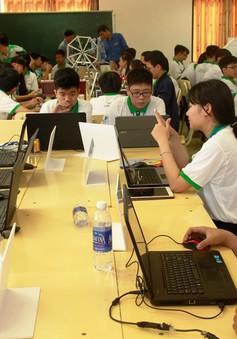 Trao 5 giải Nhất trong Hội thi Tin học trẻ toàn quốc năm 2016