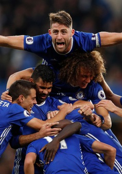 Man Utd và những cơn ác mộng tháng 10 ê chề