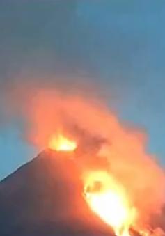 Mexico sơ tán hàng trăm người do hoạt động của núi lửa